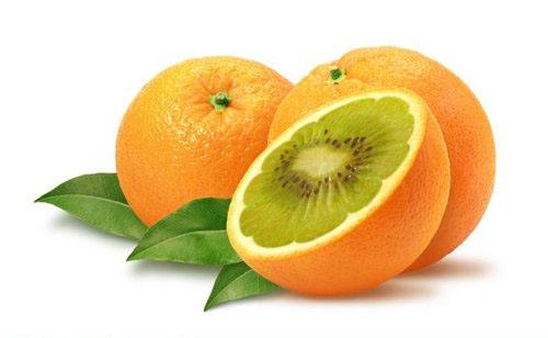 Kiwi y naranjas