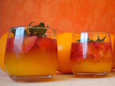 Gelatina de Naranja y Fresones