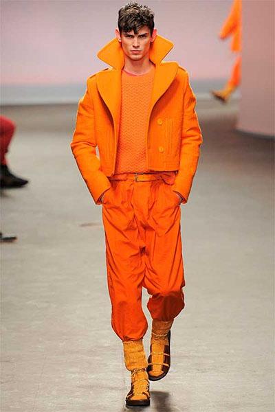 moda masculina naranja