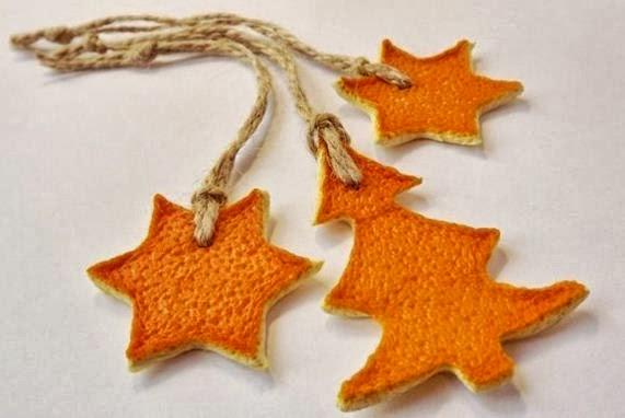 Adornos para el árbol de cáscara de naranja